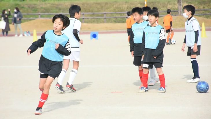 小学生、サッカーの楽しさ味わう  明治安田生命が小城市で教室
